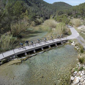 Alquiler de bicicleta eléctrica 1 día en Torres-Torres (Valencia)