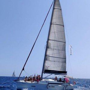 Salida en velero en Barcelona