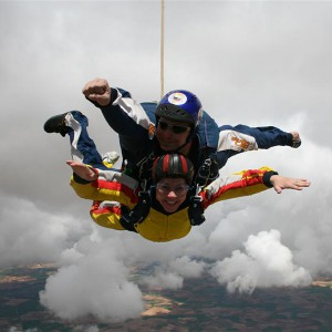 Salto en paracaidas tándem en Braga, Portugal cerca de (Pontevedra)