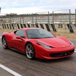 VIP Ferrari 458 Italia en Monteblanco 3,9km (Huelva)