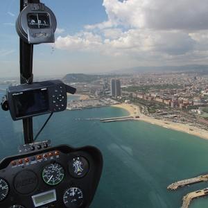 Vuelo en helicóptero para dos en Montserrat y Barcelona