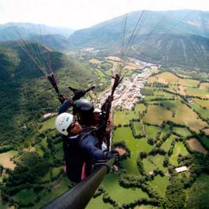 Vuelo en parapente en Rials (Huesca)
