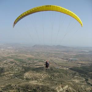 Vuelo en parapente en Villar del Arzobispo (Valencia)