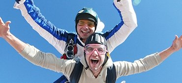 Skydiving near Madrid